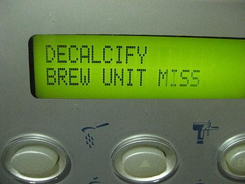 Надпись на экране Decalcify